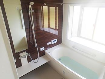 浴槽のヒビをきっかけに暖房付きお風呂リフォーム